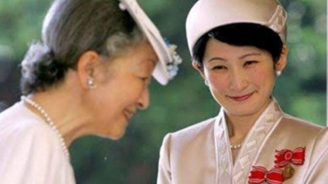 ニュース 紋 の 皇室 菊